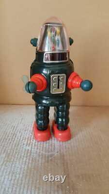 1960 Vintage TIN TOYS MOON ROBOT aka RIBBON HEAD ROBBY YONEZAWA JAPAN space