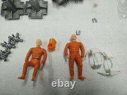 1976 Vintage Mattel SPACE 1999 EAGLE 1 SPACE SHIP a lot of pieces rare figures