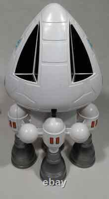 CUSTOM Vintage 1976 Mattel SPACE 1999 EAGLE 1 TRANSPORTER COCKPIT SPACESHIP 118