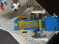 Genuine Vintage Lego Classic Space #928 Galaxy Explorer Space Cruiser Moonbase