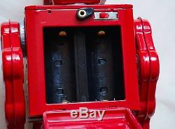Japan VINTAGE Tin Toy Battery Operated Red 12 Space Evil Robot with Machine Gun