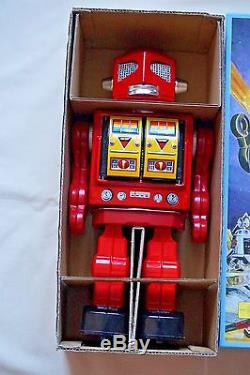 Japan VINTAGE Tin Toy Red 12 Space Evil Robot w Machine Gun Battery Operated