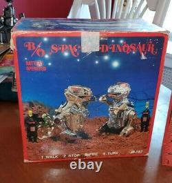 KO Starriors Vintage Robot Transformer Toy 1980s Space Dinosaur T-Rex Junk MiB