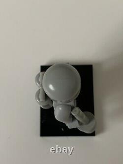 LEGO Classic Vintage Grey Space Astronaut Minifigure & Accessories Ultra Rare