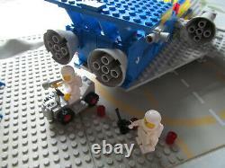 LEGO Space Cruiser And Moonbase (928) (Vintage)