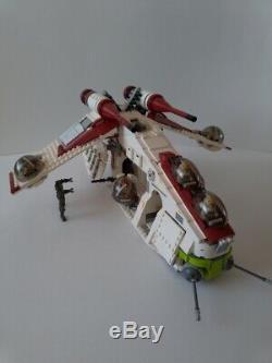 LEGO Star Wars 75021 Republic Gunship 10 minifigures