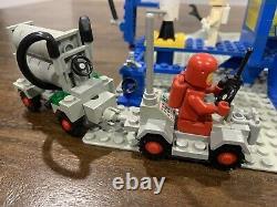LEGO Vintage Classic Space Set 920 / 483 Alpha-1 Rocket Base 1979