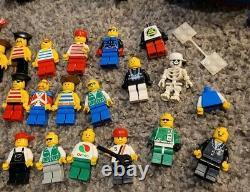 LEGO Vintage Lot 5.5 pounds Bulk Parts Pieces Castle Pirates Space 50 Minifigs