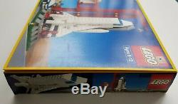 Lego 1682 Vintage SPACE SHUTTLE 1990's Brand New, NISB, NIB