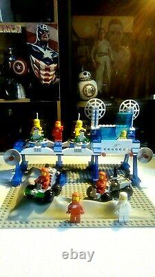 Lego Space Supply Station 6930,100% complete, Instructions, No Box, Extra Figures