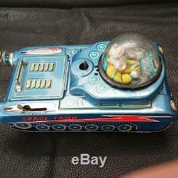 MODERN TOYS Tinplate Space Tank Tin Toy M-18 Used Retro Vintage