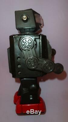 NEW SPACE EXPLORER TV ROBOT HORIKAWA JAPAN in ORIGINAL BOX VTG 1960's SPACE TOYS