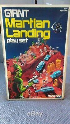 RARE-VINTAGE 1977 MARX GIANT MARTIAN LANDING PLAY SET Complete Alien Space Set