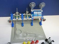 RARE lego 6930 vintage CLASSIC SPACE SUPPLY STATION BASE SHIP set COMPLETE 2769