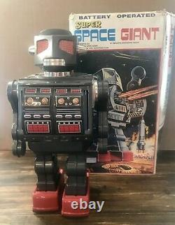 Rare Vintage Metal House Giant Rotate-O-Matic Super Robot Space Tin Toy