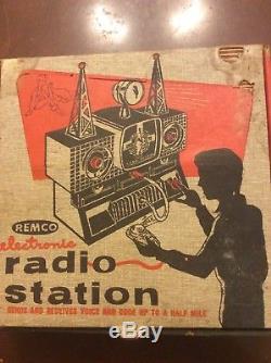 Remco Electronic Radio Station Vintage