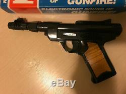 UFO SHADO Acoutsic Toy Echo Gun pistol VINTAGE RARE