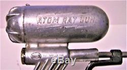 VINTAGE 1948 HILLER ATOM RAY GUN Space Pistol