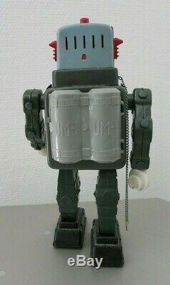 VINTAGE ALPS TELEVISION SPACEMAN SPACE ROBOT TIN TOY 1950`s JAPAN BATTERY RARE