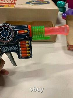 VINTAGE Automatic Friction Sparking Space Gun BY KO Toys Japan WithOriginal Box