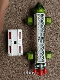 VINTAGE EAGLE TRANSPORTER Space 1999 Gerry Anderson Toy 1974 Dinky Meccano