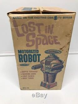 Vintage 1966 LOST IN SPACE TOY ROBOT By REMCO in BOX Not Working