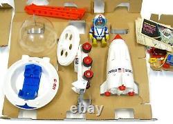 Vintage 1969 Eldon Billy Blastoff Space Base Astronaut Rocket withBox Insert Works