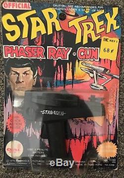 Vintage 1976 Kresge Carded Ahi Star Trek Phaser Ray Gun Moc