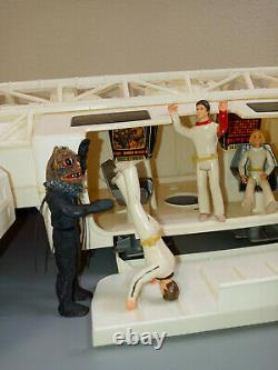 Vintage 1976 Mattel Space 1999 Eagle One 1 Space Ship With Custom Crew