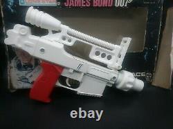 Vintage 1979 James Bond 007 Moonraker Toy Space Gun With Box