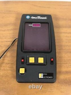 Vintage 1980s Entex Space Invader Electronic Tabletop HandheldGame Plugged Read