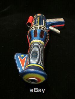 Vintage 50's Astronaut Rocket Gun Space Ray Pistol