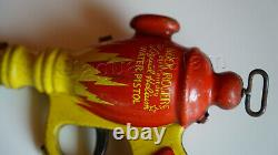 Vintage BUCK ROGERS Daisy liquid helium pistol space water gun toy 1930s