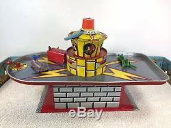 Vintage Captain Video Superior Space Port Drome 50's T Cohn Tin Playset Ships