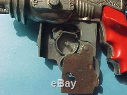 Vintage Diecast Hubley Atomic Disintegrator Space Robot Cap Pistol Toy 1950's