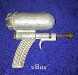 Vintage Hiller Atom Ray Gun Water Pistol 1940s All Metal Collectible