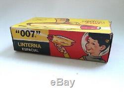 Vintage Industria Argentina 007 LINTERNA ESPACIAL Space Ray Gun MIB 1960's