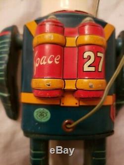 Vintage Masudaya Robot Commando Space Man w Tin remote Battery Op Japan RARE