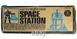 Vintage Mattel Major Matt Mason Astronaut Space Station Near Mint withInsert & Box