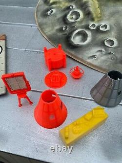 Vintage Operation Moonbase Marx Toys Boxed 4653 Space Station Landing