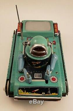 Vintage Space Robot Gyro Action ME091 China Battery Operated Tin Toy Works MINT