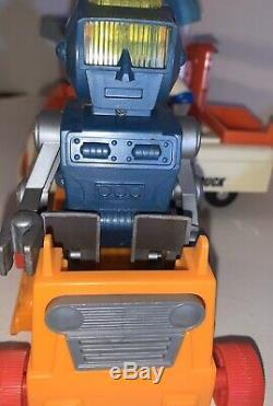 Vintage1969 Eldon Billy Blastoff Space Set, Lunar Crawler & Robbie Robot used