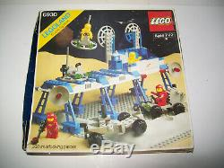 Vtg Lego Vintage Classic Space Supply Station # 6930 / COMPLETE with Box